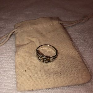 James Avery endless waves ring. Size 8.5.